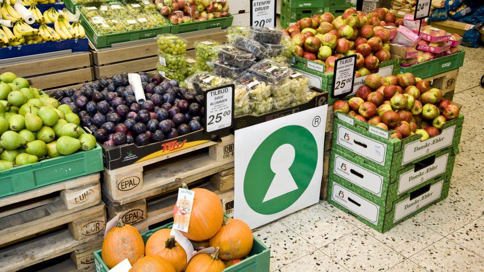Grøntsagsafdeling der illustrerer nudging i detal