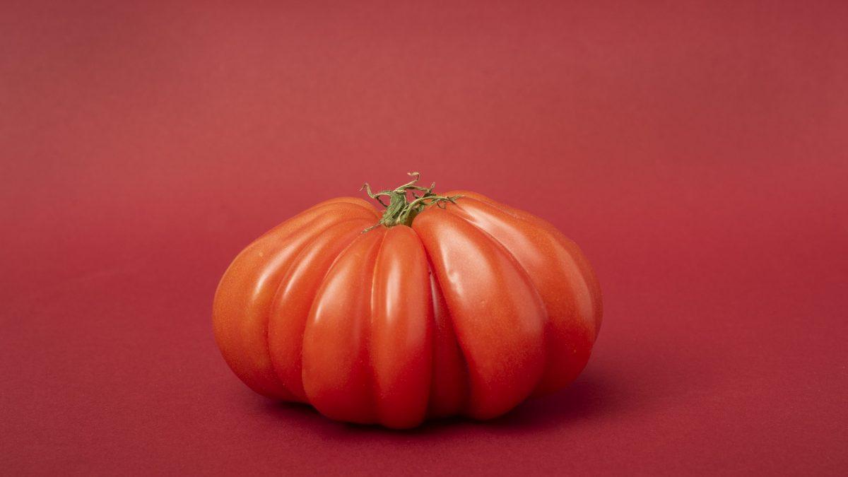 Klimaanprisninger illustreret af en rød tomat